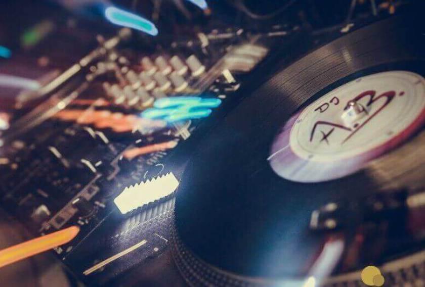 Hochzeits DJ Armin Bruch - DJ A.B. Turntable 01
